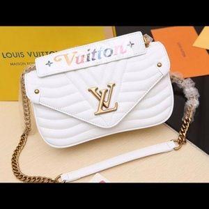White designer crossover bag